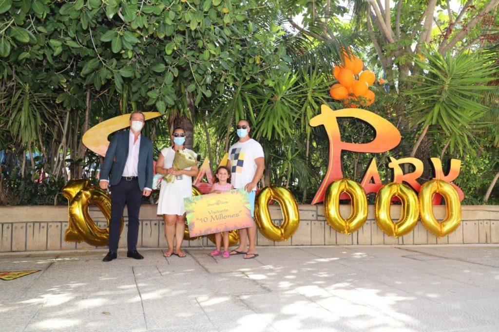 Foto de Siam Park alcanza los 10 millones de visitantes desde su